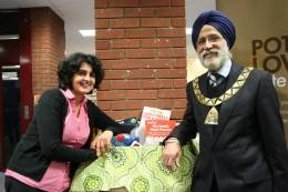 Kate Elliott was presented her prize by Councillor Harbhajan Singh, Mayor of Brent